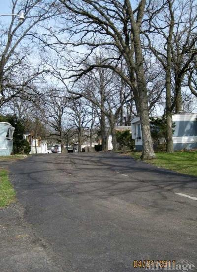 Mobile Home Park in Crystal Lake IL