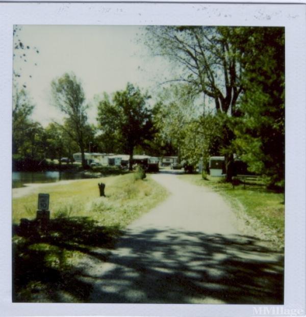 Photo of Woodland Estates Mobile Home Park, Vincennes IN