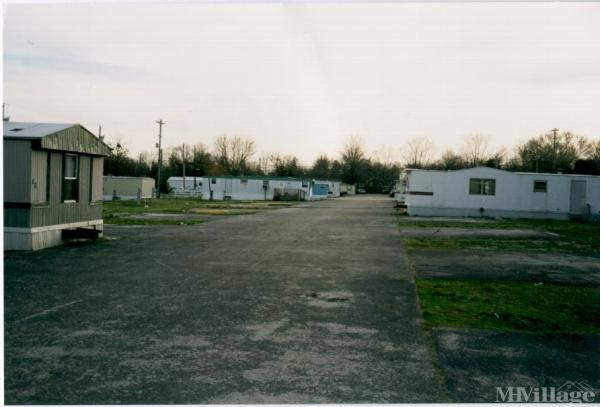 Photo 0 of 1 of park located at 2041 Russellville Road Bowling Green, KY 42101