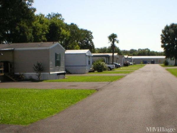 Photo 0 of 2 of park located at 704 West Gloria Switch Road Lafayette, LA 70507