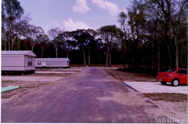 Photo 0 of 1 of park located at 8544 South St Landry Street Gonzales, LA 70737