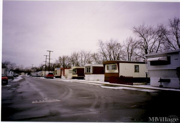 La Grande Mobile Home Court Mobile Home Park in Grandville, MI