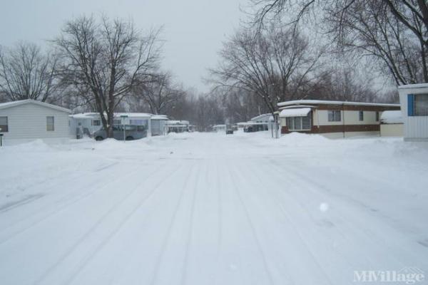 Paris Estates Mobile Home Park in Grand Rapids, MI