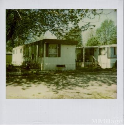 Mobile Home Park in Belleville MI
