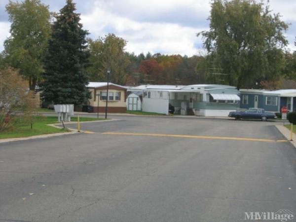 Alpine Mobile Village Mobile Home Park in Comstock Park, MI