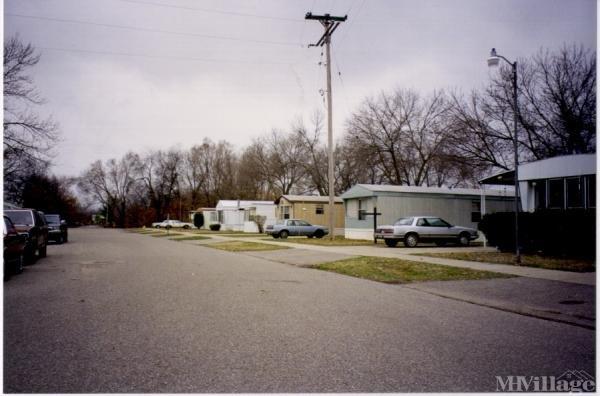 Country Estates Mobile Home Park Mobile Home Park in Grand Rapids, MI