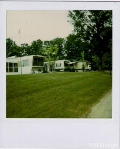 Mobile Home Park in Gowen MI