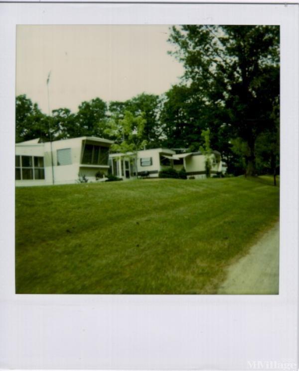 Side-O-Lake Resort Park Mobile Home Park in Gowen, MI