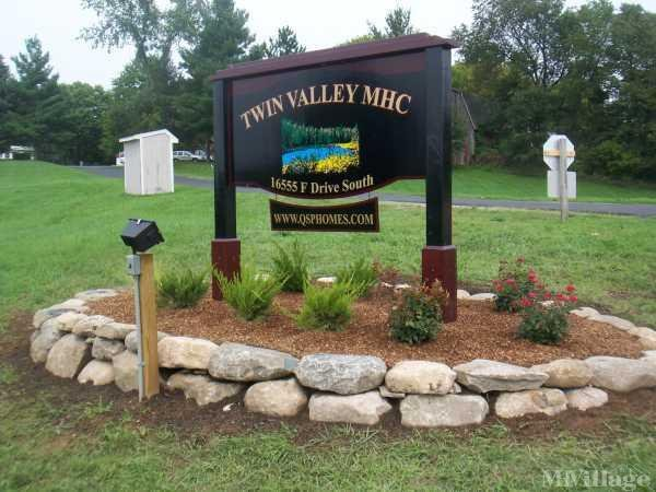 Twin Valley Mobile Home Village Mobile Home Park in Marshall, MI