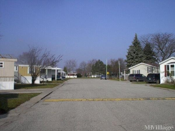 Rob-Ann Mobile Home Court Mobile Home Park in Fremont, MI