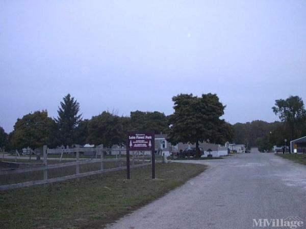 Lake Forest Park Mobile Home Park in Grant, MI