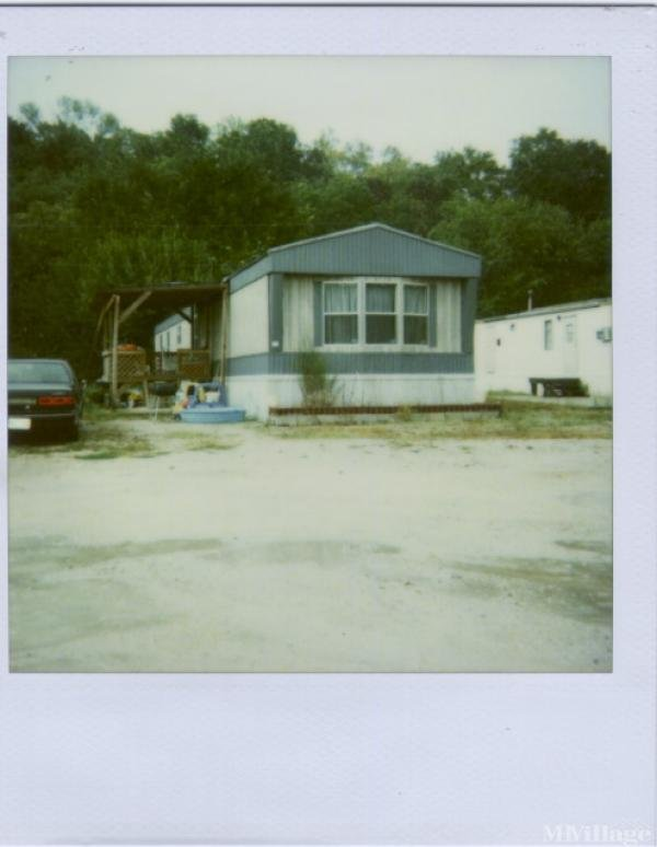 Hidden Valley Home Park Mobile Home Park in Hollister, MO