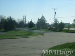 Photo 3 of 12 of park located at 41 Tee Kay Mobile Manor O Fallon, MO 63366