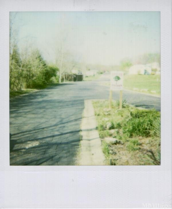 Photo 1 of 1 of park located at 1243 Golden Oak Dr. Fenton, MO 63026