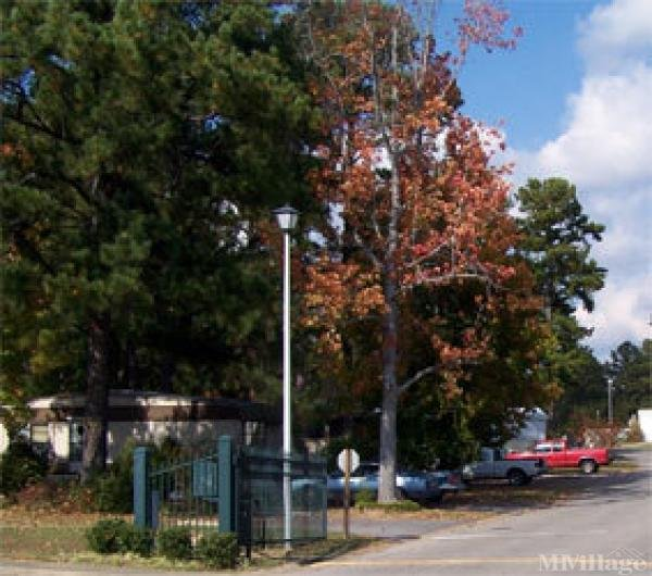 Hill Country Community Mobile Home Park in Meridian, MS