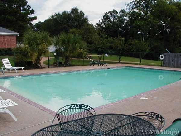 Photo 1 of 2 of park located at 5000 Country Meadows Court Brandon, MS 39042