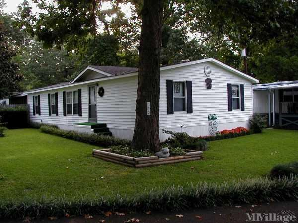 Homewood Manor Mobile Home Community