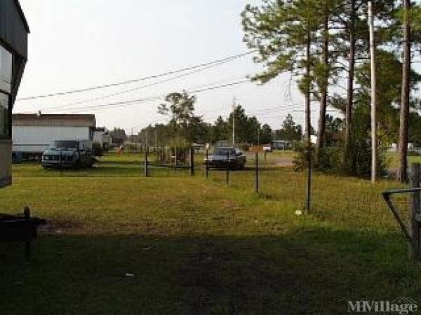Spanish Oaks Trail Mobile Home Park in Gulfport, MS