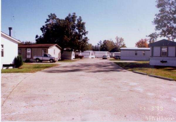 Wildwood Estates Mobile Home Park in Starkville, MS