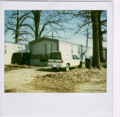 Mobile Home Park in Holly Springs MS