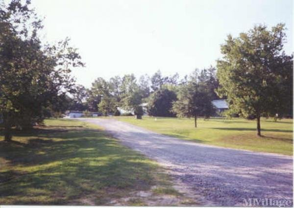 Photo of Country Estates Mobile Home Court, Apex, NC