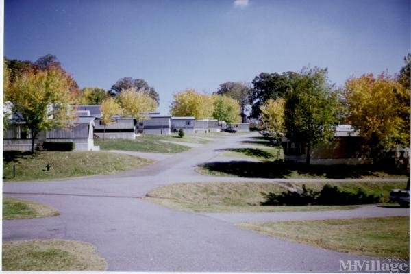 Photo of Mosswood Mobile Home Park, Asheville, NC
