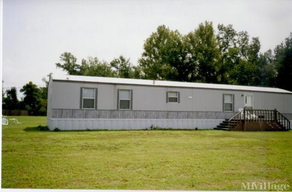 Photo of Deer Lane Mobile Home Park, Wallace, NC