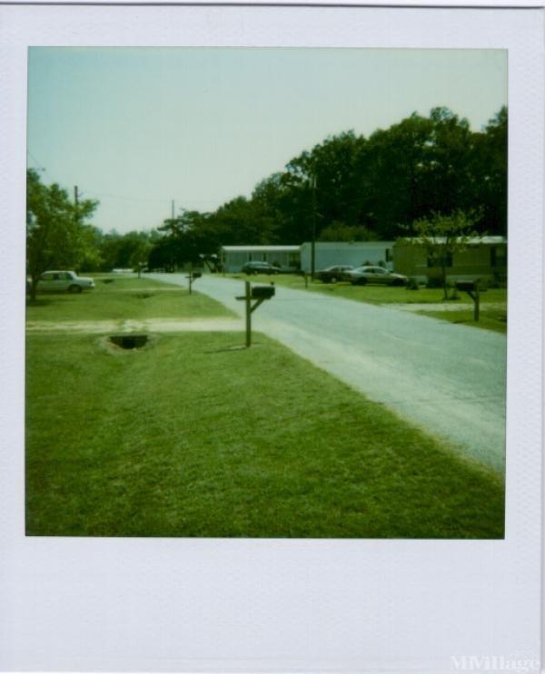 Photo of Riverside Village, Harrisburg, NC