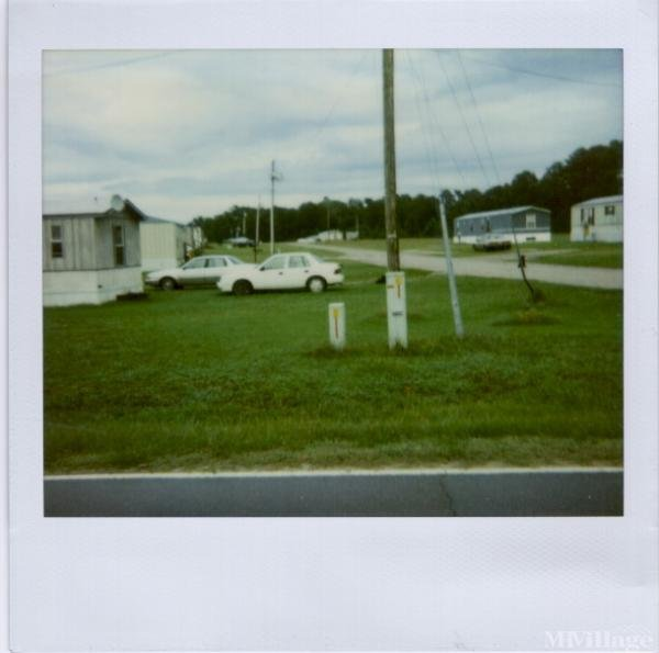 Photo of Mitchell's Mobile Home Park, Henderson, NC
