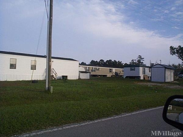Photo of Turkey Creek Mobile Home Park, Sneads Ferry, NC