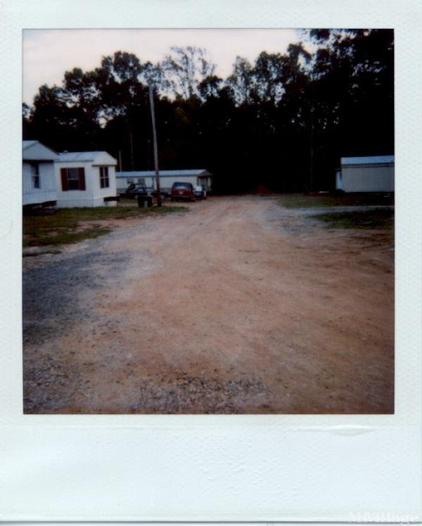 Photo of Lake Lane Mobile Home Park, Mocksville, NC