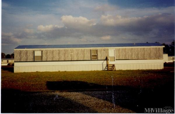 Photo of K & G Mobile Home Park, Pikeville, NC