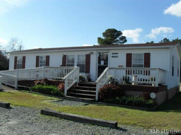 Photo of Golden Creek Mobile Home Park, Fayetteville, NC