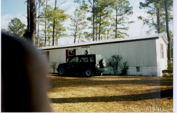 Photo of Wells Mobile Home Park, Rose Hill, NC