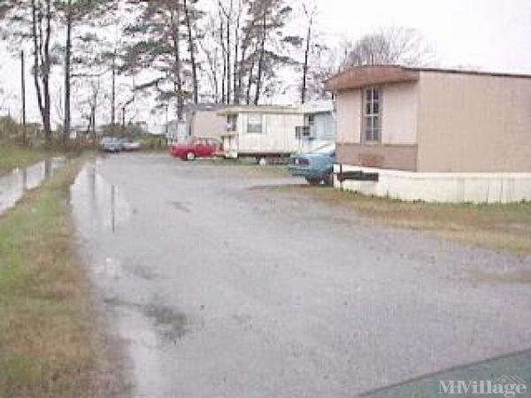 Photo of Franmar Mobile Home Park, Elizabeth City, NC