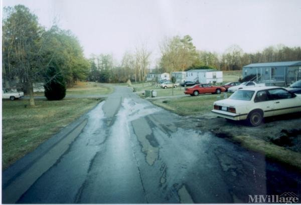 Photo of Meadow O View Mobile Home Park, Knightdale, NC
