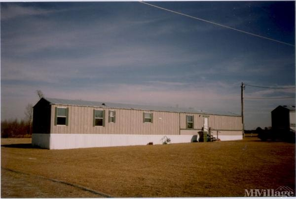 Photo of Holland's Mobile Home Park, Lucama, NC