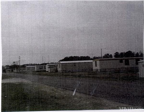 Photo of Gatlins Mobile Home Park, Hubert, NC