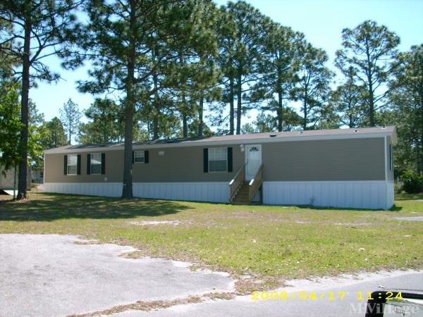 Photo of The Pines MHP, Hubert, NC