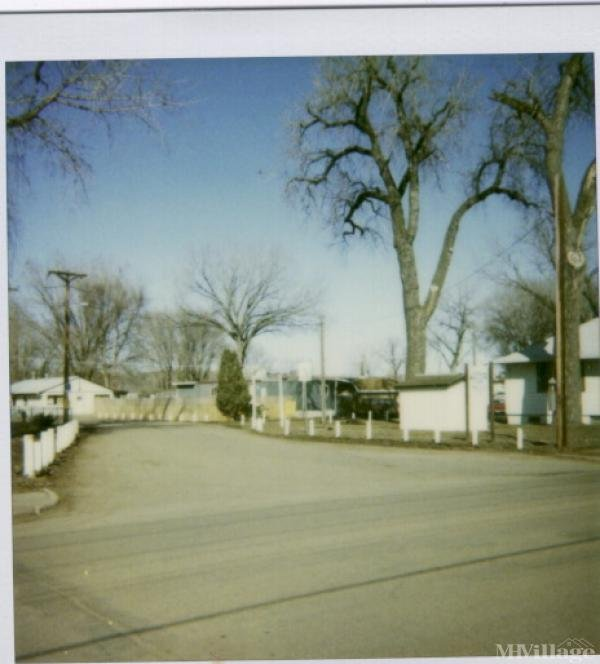 Photo 0 of 1 of park located at 100 3rd St SW Mandan, ND 58554