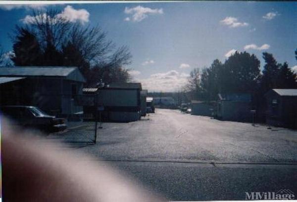Photo of Town & Country, Farmington, NM
