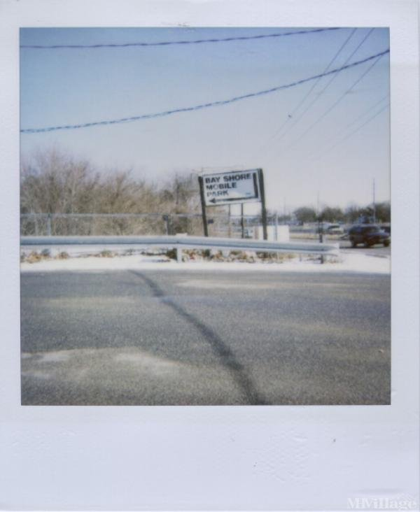 Photo 0 of 1 of park located at Sunrise Highway Bay Shore, NY 11706