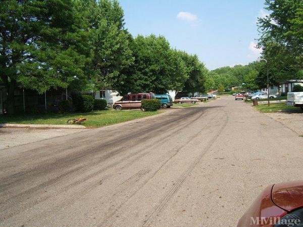 Rolling Hills MHP Mobile Home Park in Urbana, OH
