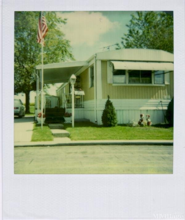 Buckeye Mh Estates Mobile Home Park in Wauseon, OH