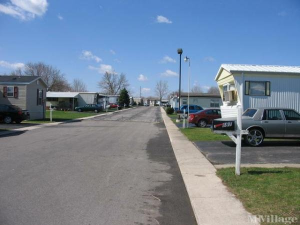 Cypress Point Mobile Home Park Mobile Home Park in Toledo, OH