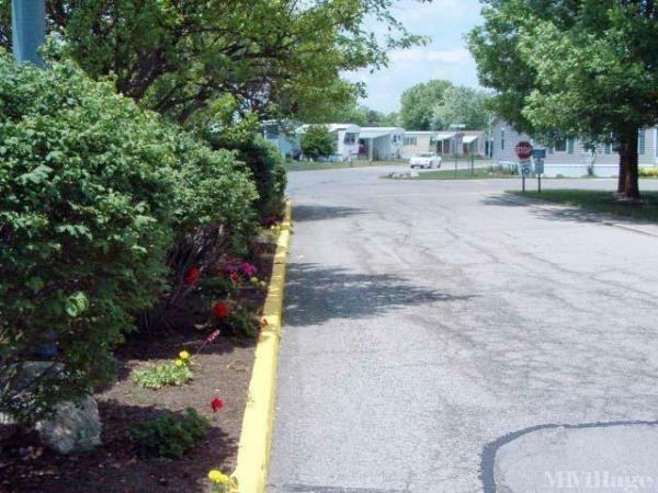 Brookville Lakes Estates Mobile Home Park in Brookville, OH
