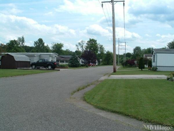 Homestead Manor Mobile Home Park in Garrettsville, OH