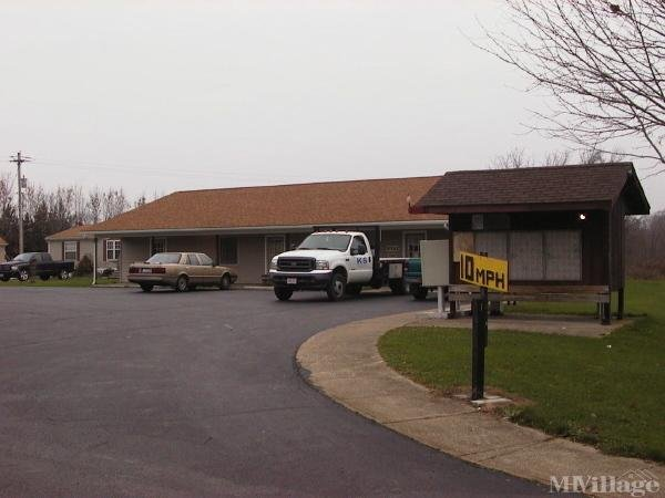 Briarwood Estates Mobile Home Park Mobile Home Park in Mansfield, OH
