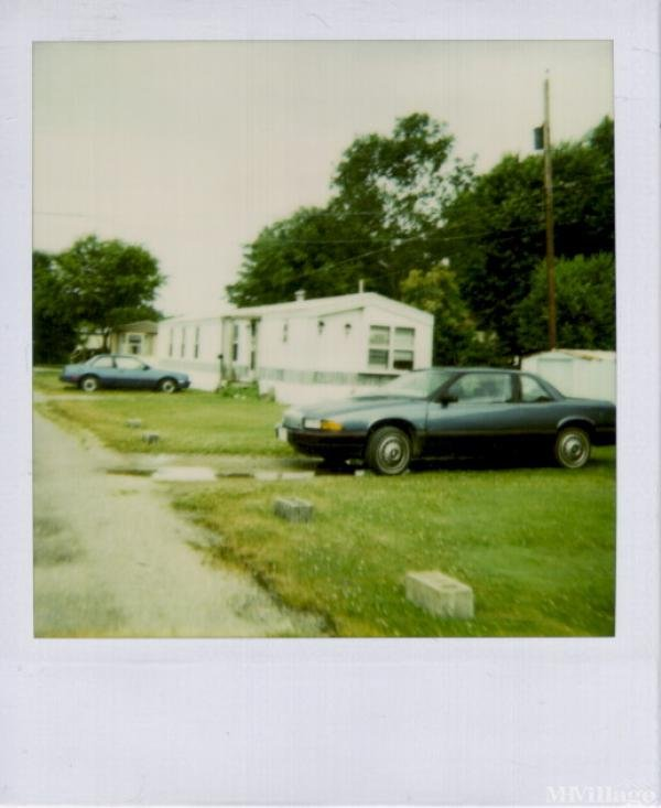 Green Acres Trailer Park Mobile Home Park in The Plains, OH