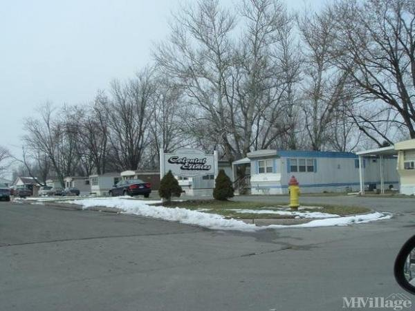 Colonial Estates Mobile Home Park in Wapakoneta, OH